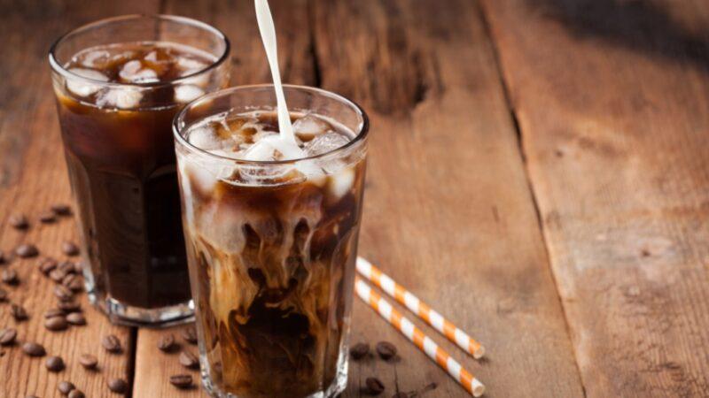 如何製作完美的冰咖啡(組圖)