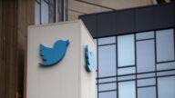 民眾推特總部集會 抗議科技巨頭鉗制言論