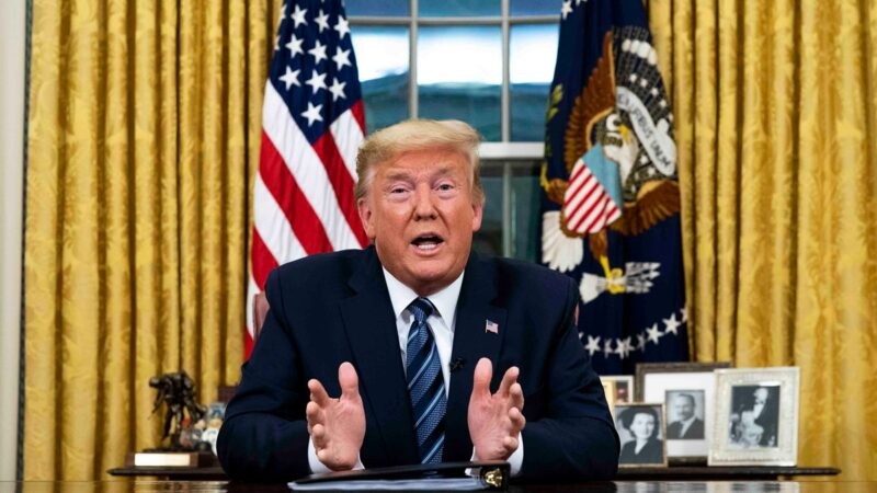 """川普心情""""非常好"""" 自信满满在白宫看开票"""