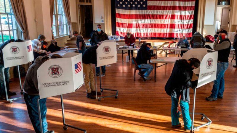 美国华裔选民:今年一切都变了 大选投票如同儿戏