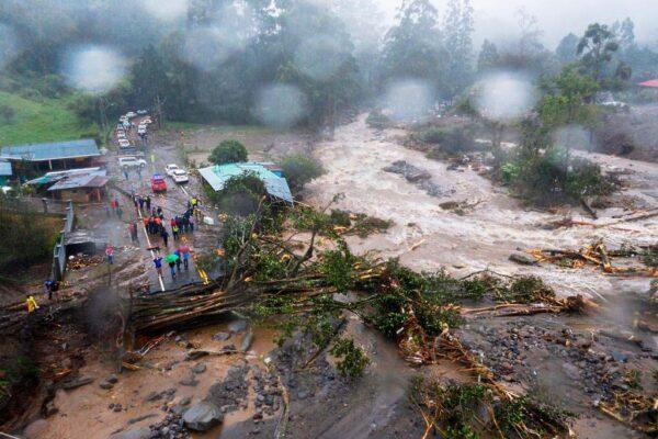 4级飓风伊塔猛袭中美洲 危地马拉已逾50人罹难