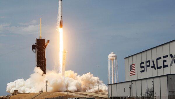 美軍研發火箭快遞 100噸物資1小時送達全球