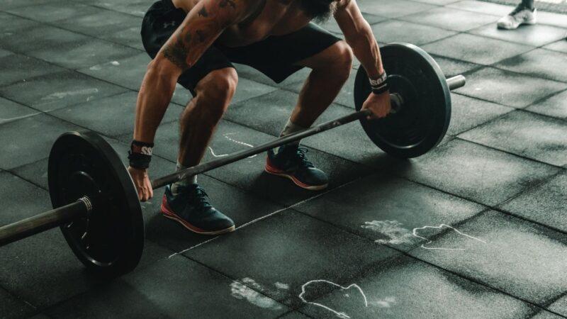 驚!杭州37歲男健身房深蹲 一用力腸子掉出來了