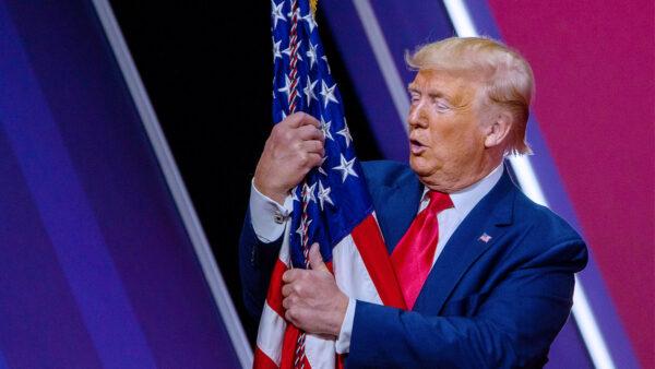 美媒:竊取美國選舉 「大重構」計劃的第一階段