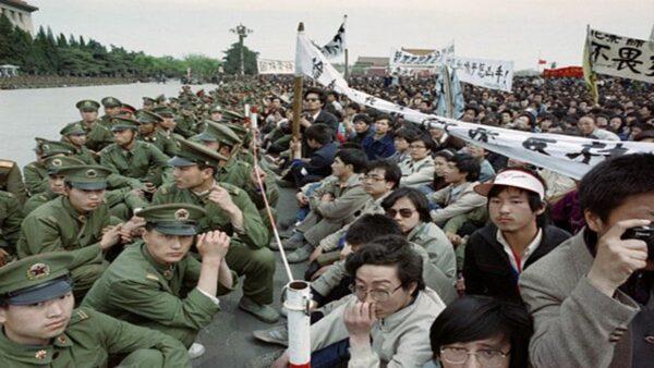 魏京生:八九六四是中国现代化的转折点