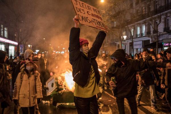 抗议整体安全法 法国各地95人被捕67警受伤
