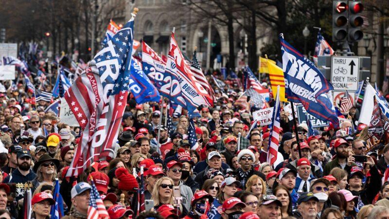 美国各地同步集会 民众向神祈祷 坚信川普必胜