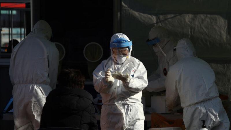 韩监狱爆群聚感染 疫情恐失控 为生计难下封城令
