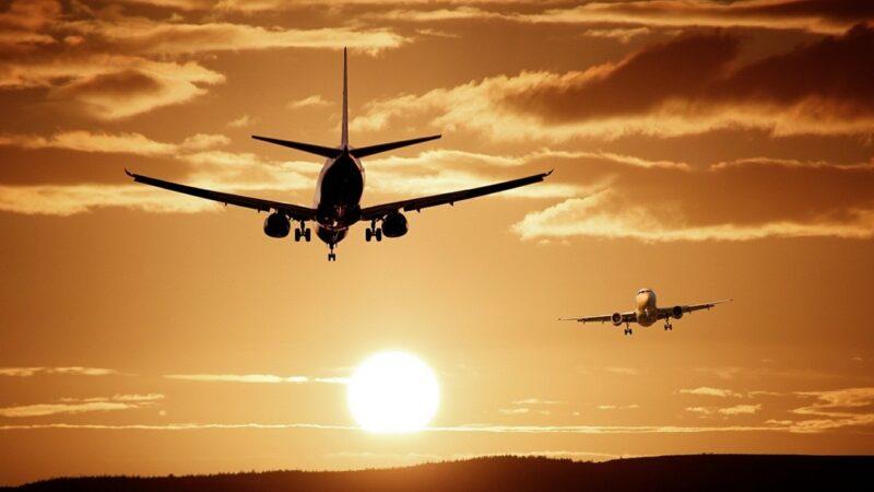 【名家專欄】當2歲童被趕下飛機時 美國已變