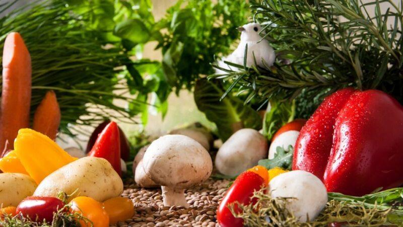 這些蔬菜水果皮勸你別吃 對身體傷害大