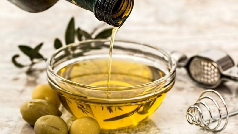 猪油和植物油相比到底哪个更健康呢?