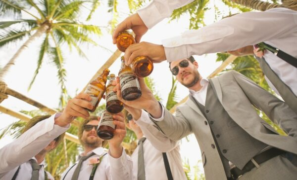 每天喝一瓶啤酒对身体健康有多大影响?