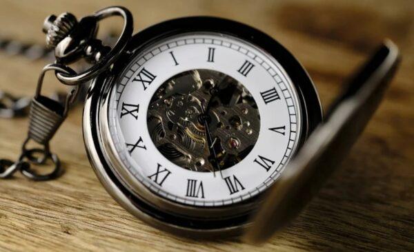時間是真實存在或是我們的幻覺?