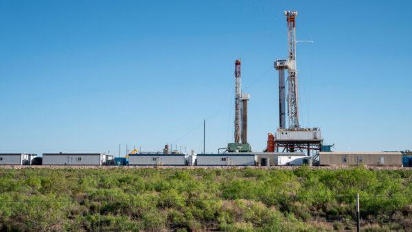 拜登下令暫停石油開發 新墨西哥州後悔當初投票