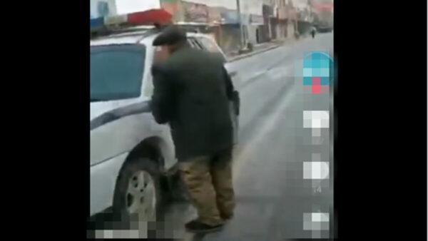 黑龙江老人绝望求警察:把我送监狱 还有饭吃(视频)