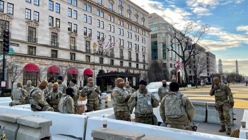 「感覺被利用了」 就職典禮後士兵被迫睡停車場