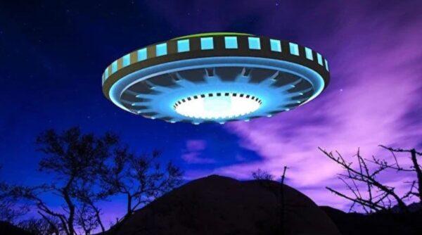51区现16米高外星机器人?英特种部队对抗外星人?