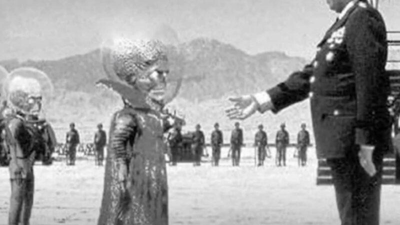 外星人和美国政府合作 火星建有基地?