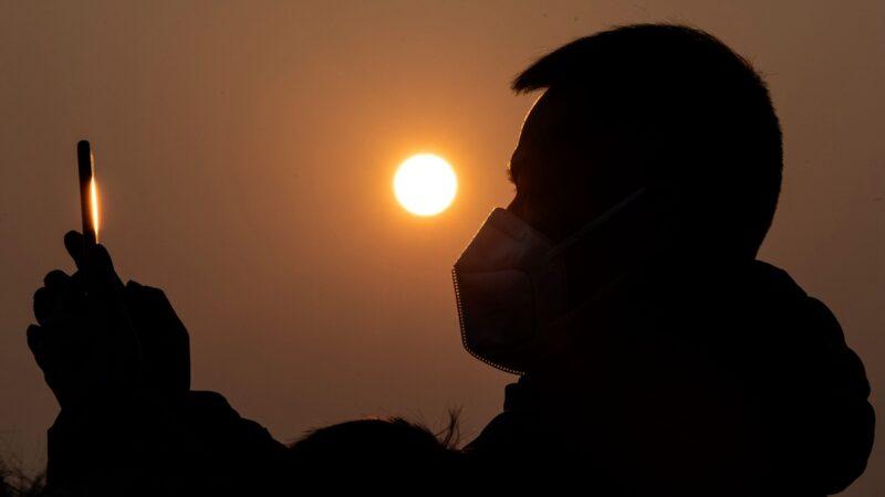 疫情之下 中國500萬手機用戶消失之謎