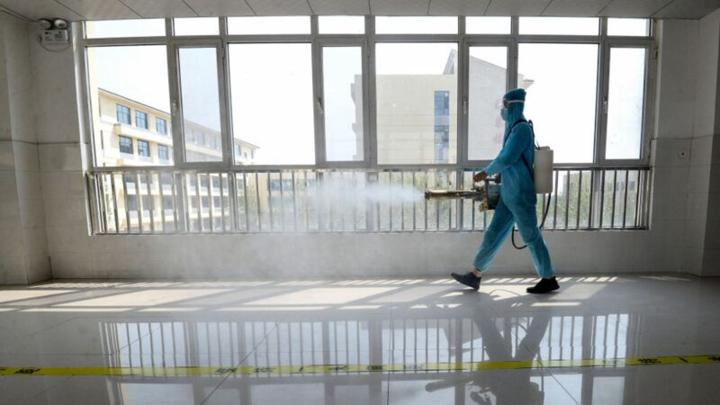 """中国现首个""""高风险区"""" 河北疫情急速扩散"""
