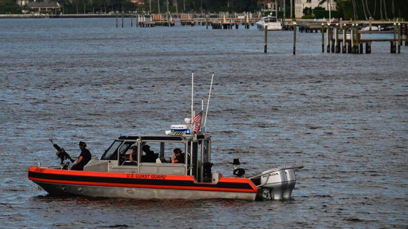 百慕大三角再添谜团 搭载20人游艇离奇失踪