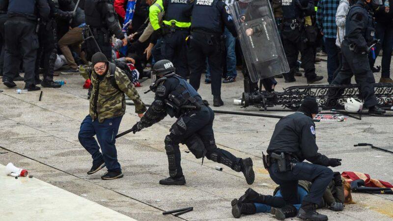 国会冲突一女子疑被警枪重伤 川普启动国民警卫队