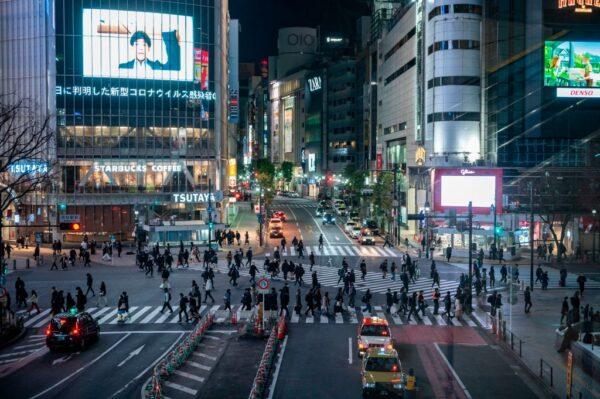 疫情嚴峻 日本新增確診病故雙創新高