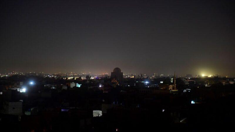 电力网故障 巴基斯坦全国一片漆黑