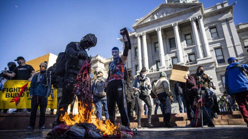 俄勒冈民主党总部被砸 不提安提法反谴责共和党