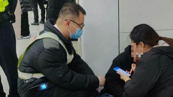 上海地鐵發生多起「路倒」 當局加強網絡封鎖