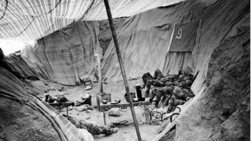 央視笑印軍營地簡陋 網曝共軍土坑宿營(圖)