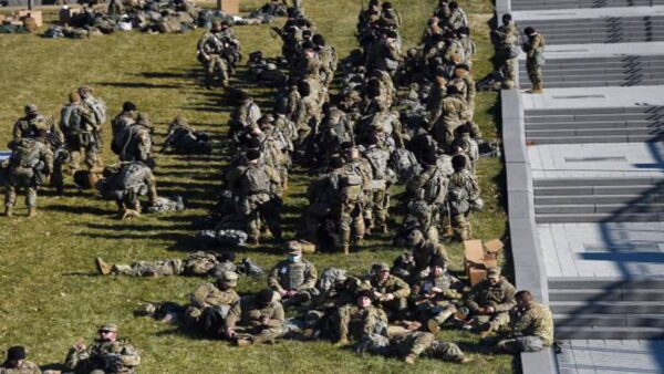 駐華府數千國民警衛隊受虐 兩黨憤怒多州撤兵