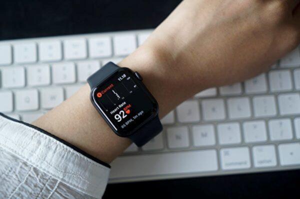 智能手錶有助提前預警中共病毒感染