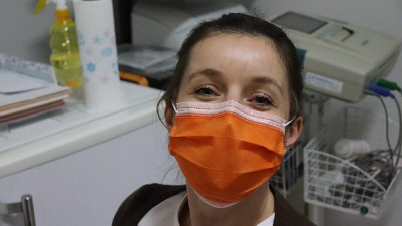 戴口罩總聞到一股臭味 口臭或是口罩臭?
