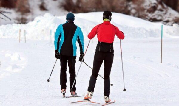 天寒腿冷酸疼 静脉曲张患者如何应对?