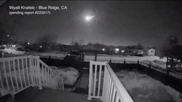 天文奇观!巨大火球快速飞越加拿大天际(视频)