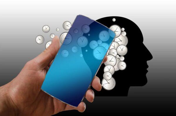 手機變異著你的骨骼 你知道自己哪塊骨頭退化了?