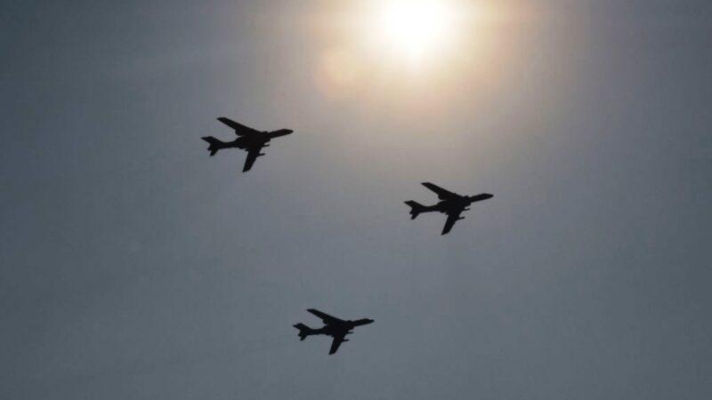 共军南海军演 11架次军机进入台西南空域