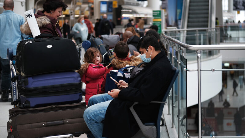 袁斌:海外华人吐槽父母被挡国门外的经历