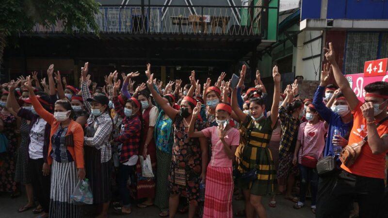 缅甸禁脸书封推特 昂山素季得力助手被扣留