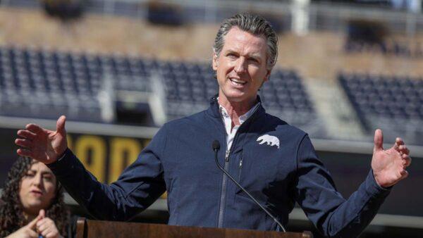 罷免加州州長 已取得所需的150萬簽名
