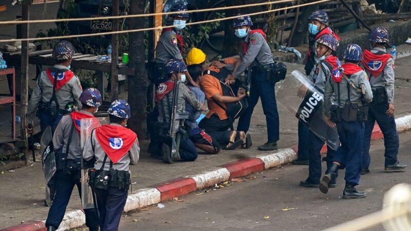 緬甸駐UN大使被撤職 警方武力鎮壓逮捕逾470人