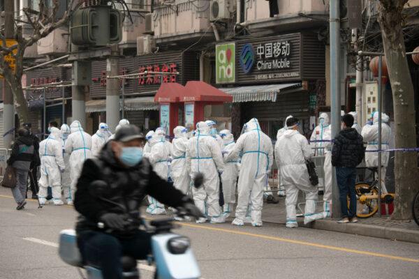 钟原:党媒忽报导新增病例泄露的疫情真相