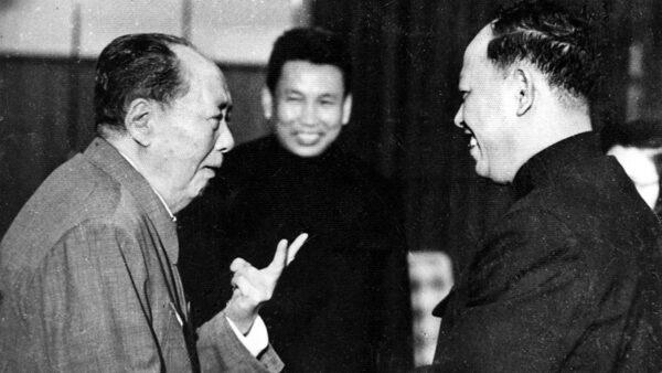 揭秘:毛泽东最后一次年夜饭 由张玉凤喂