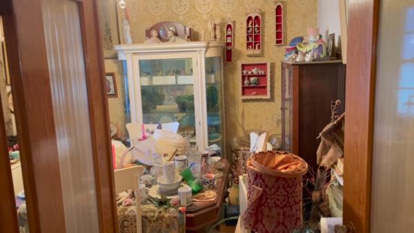 花1萬美元買「垃圾屋」加國男驚見珍寶賺翻了