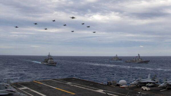 法國核潛艇駛入南海 美國雙航母聯合演習