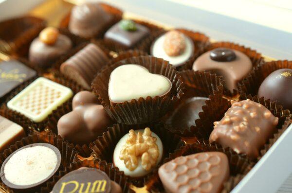 误食含禁药巧克力 陆3岁童吐舌、翻白眼