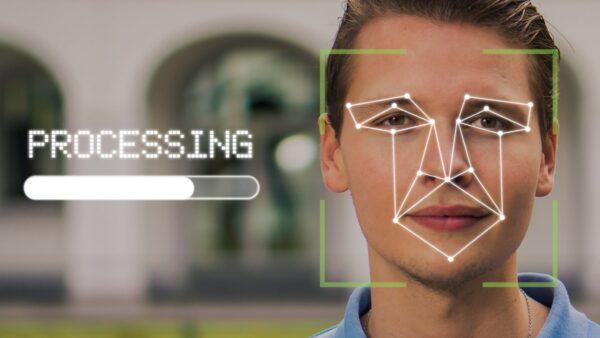 大陸手機人臉識別曝重大漏洞 一副眼鏡可頃刻破解
