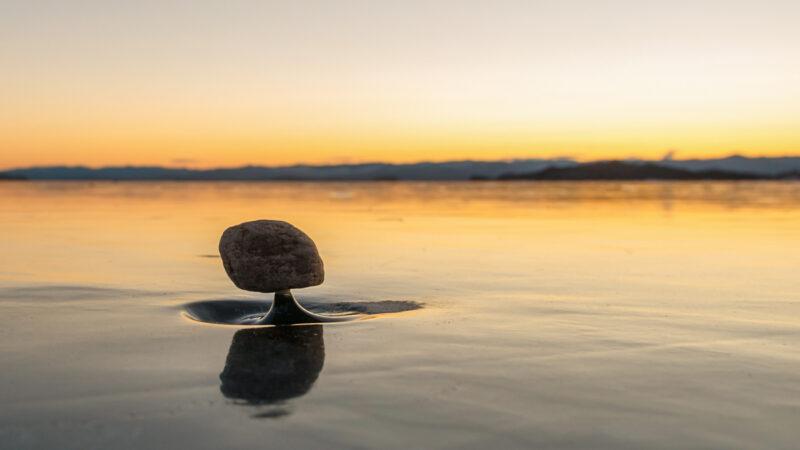 俄羅斯奇特的自然景觀──「貝加爾湖禪」