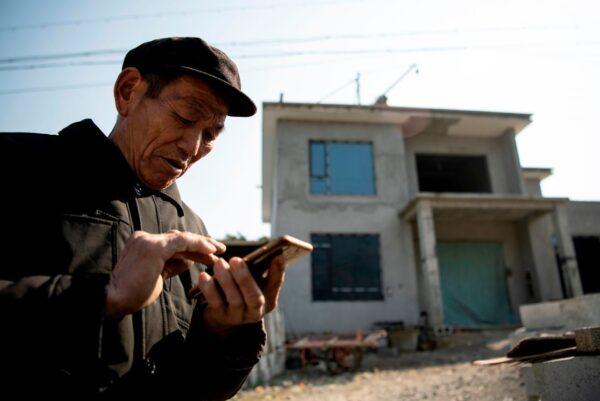专家:中国7.9亿人月收入不足两千 严重影响消费